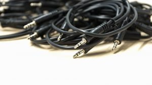 jumbled cables should be avoided when you pack your home office